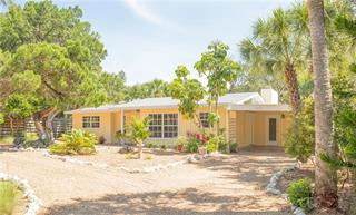 5205 Winding Way, Sarasota, FL 34242