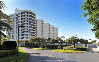 1211 Gulf Of Mexico Dr #204, Longboat Key, FL 34228