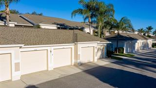 9570 High Gate Dr #1722, Sarasota, FL 34238
