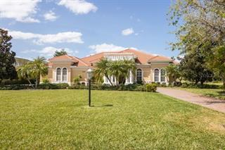 6935 Westchester Cir, Lakewood Ranch, FL 34202
