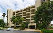 Seller/Condo Disclosure - Condo for sale at 1125 Gulf Of Mexico Dr #404, Longboat Key, FL 34228 - MLS Number is A4119470