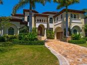 364 W Royal Flamingo Dr, Sarasota, FL 34236