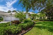 6328 Thorndon Cir, University Park, FL 34201