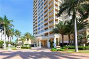 35 Watergate Dr #1605, Sarasota, FL 34236