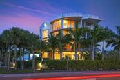 Front exterior - Condo for sale at 501 Beach Rd #b, Sarasota, FL 34242 - MLS Number is A4175979