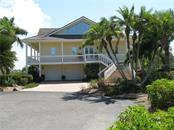 Single Family Home for sale at 5727 Riegels Point Rd, Sarasota, FL 34242 - MLS Number is A4177285