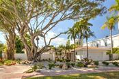Single Family Home for sale at 133 N Washington Dr, Sarasota, FL 34236 - MLS Number is A4177541