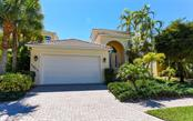 Villa for sale at 1903 Harbour Links Cir #2, Longboat Key, FL 34228 - MLS Number is A4178867