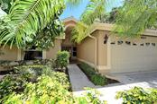 Villa for sale at 4871 Tivoli Ave, Sarasota, FL 34235 - MLS Number is A4179716