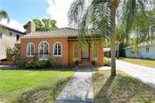 Front - Single Family Home for sale at 1896 Hibiscus St, Sarasota, FL 34239 - MLS Number is A4180775
