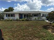Single Family Home for sale at 3202 Fauna St, Sarasota, FL 34235 - MLS Number is A4187027