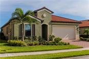 Front - Single Family Home for sale at 23883 Waverly Cir, Venice, FL 34293 - MLS Number is A4190222