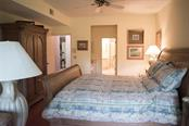 Master Suite - Condo for sale at 1618 Starling Dr #105, Sarasota, FL 34231 - MLS Number is A4204864