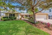 Single Family Home for sale at 1761 Irving St, Sarasota, FL 34236 - MLS Number is A4205078