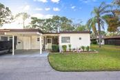 6146 Green View Dr #55, Sarasota, FL 34231