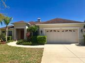 Single Family Home for sale at 6353 Royal Tern Cir, Lakewood Ranch, FL 34202 - MLS Number is A4213027