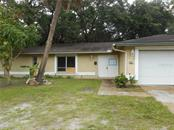 Single Family Home for sale at 2220 N Orange Ave, Sarasota, FL 34234 - MLS Number is A4410407