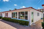 Villa for sale at 6154 Midnight Pass Rd #b17, Sarasota, FL 34242 - MLS Number is A4416316