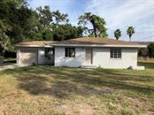 Single Family Home for sale at 839 42nd St, Sarasota, FL 34234 - MLS Number is A4418056