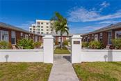 Villa for sale at 908 Villas Dr #32, Venice, FL 34285 - MLS Number is A4420619