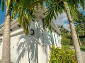 Single Family Home for sale at 3611 4th Ave Ne, Bradenton, FL 34208 - MLS Number is A4426978