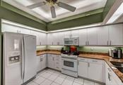 Great lay-out of the kitchen enables several chefs to work simultaneously! (or observe while sipping your favorite beverage!) - Single Family Home for sale at 8727 53rd Ter E, Bradenton, FL 34211 - MLS Number is A4447005