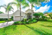 12418 Thornhill Ct, Lakewood Ranch, FL 34202