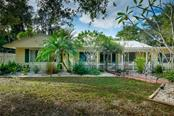 Single Family Home for sale at 4304 Midland Rd, Sarasota, FL 34231 - MLS Number is A4456289
