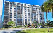 Exterior Elevation - Condo for sale at 707 S Gulfstream Ave #1002, Sarasota, FL 34236 - MLS Number is A4484781