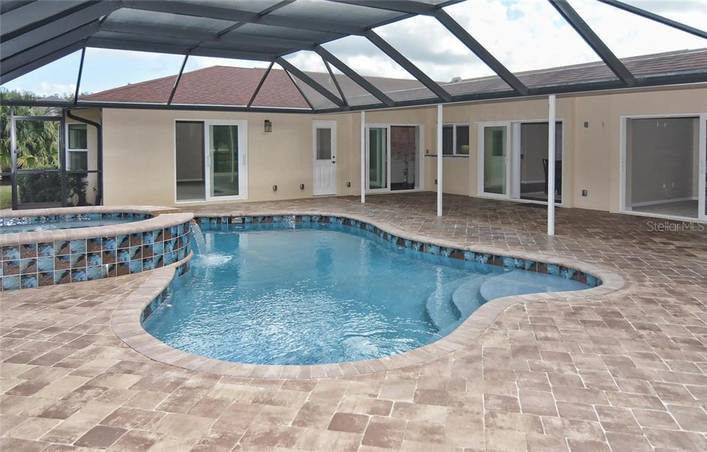 Pool/Lanai - Single Family Home for sale at 2505 Northway Dr, Venice, FL 34292 - MLS Number is N5911099