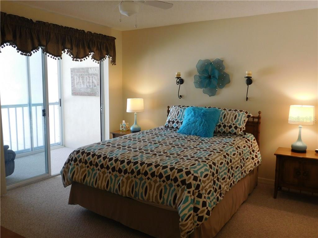 Master Bedroom - Condo for sale at 435 Cerromar Ln #428, Venice, FL 34293 - MLS Number is N5911454