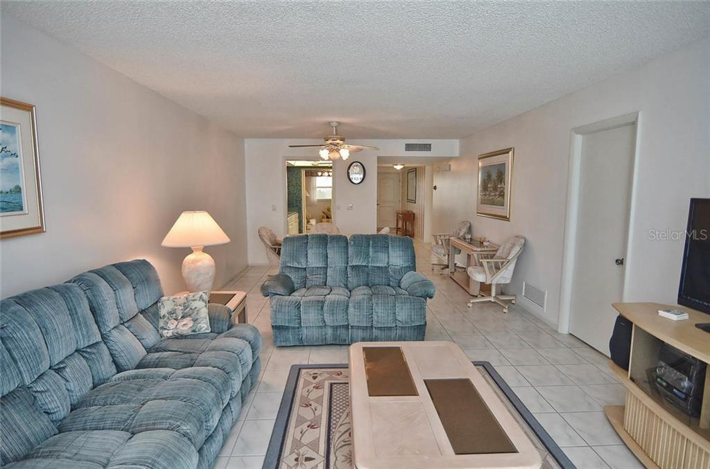 Living/dining room - Condo for sale at 255 The Esplanade N #805, Venice, FL 34285 - MLS Number is N5912261