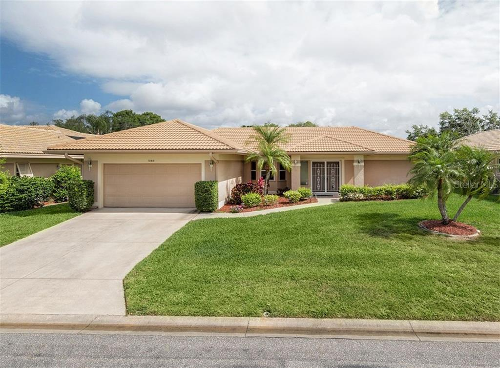 Front Exterior - Single Family Home for sale at 3160 Willow Springs Cir, Venice, FL 34293 - MLS Number is N5912811