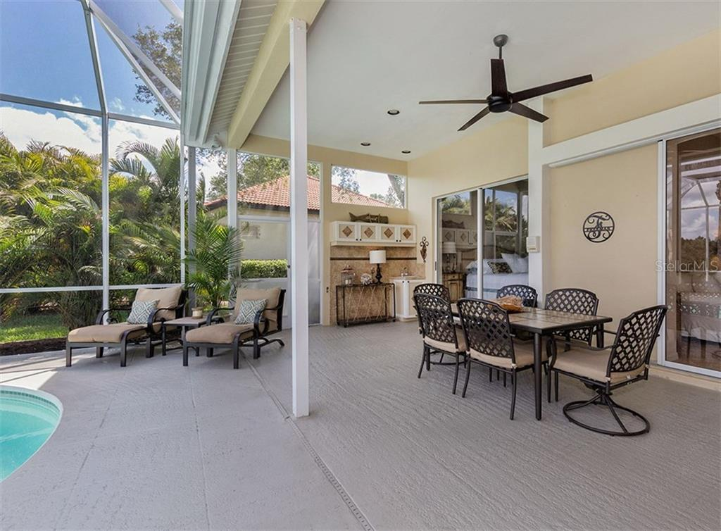 Lanai - Single Family Home for sale at 279 Royal Oak Way, Venice, FL 34292 - MLS Number is N5912986