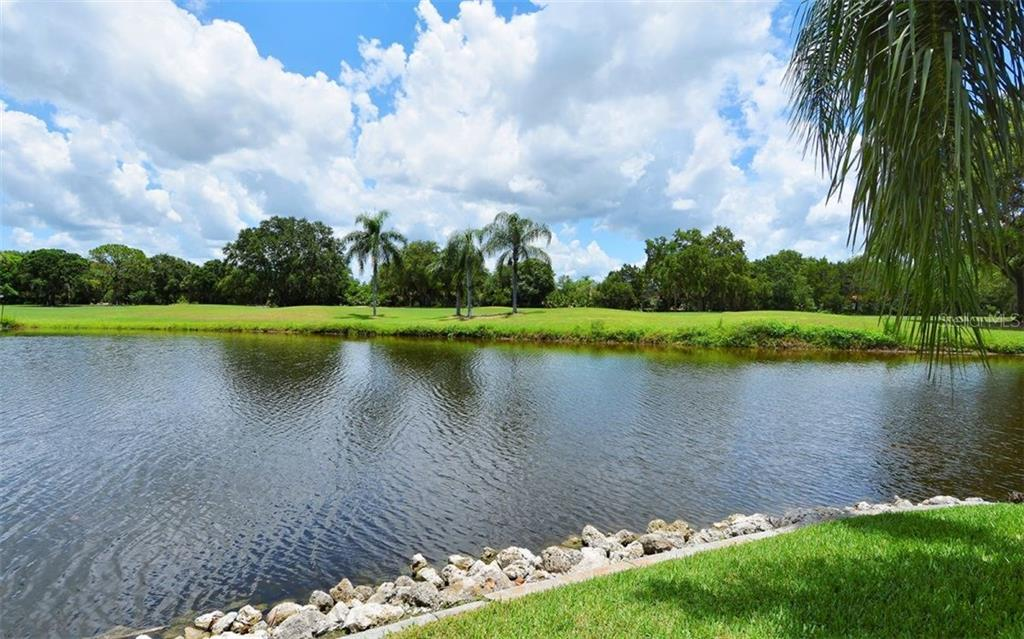 Beautiful View of the Pond - Single Family Home for sale at 1930 Innisbrook Ct, Venice, FL 34293 - MLS Number is N5913572