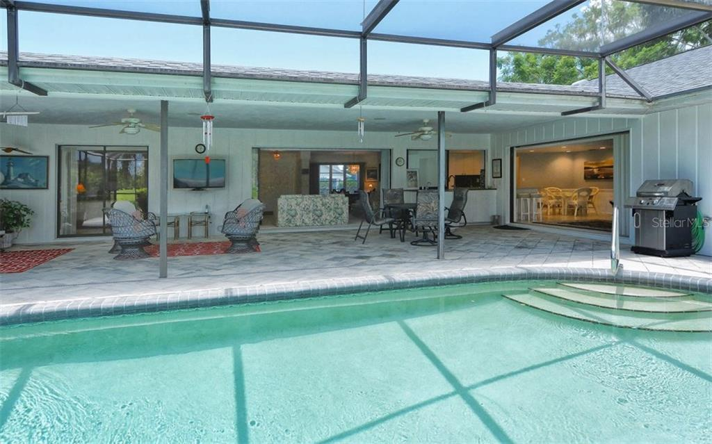 Lanai - Single Family Home for sale at 1930 Innisbrook Ct, Venice, FL 34293 - MLS Number is N5913572