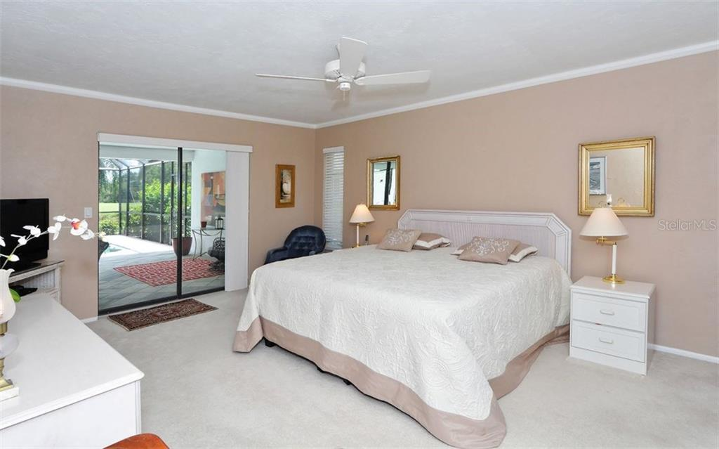 Master Bedroom - Single Family Home for sale at 1930 Innisbrook Ct, Venice, FL 34293 - MLS Number is N5913572