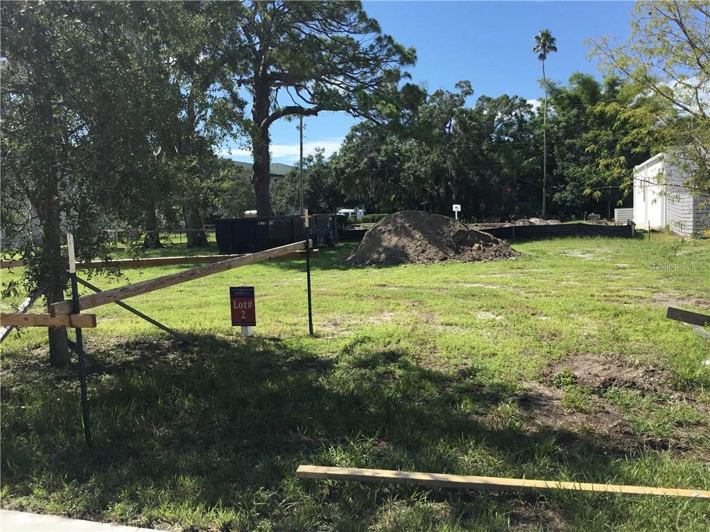 Front View Lot 2 - Vacant Land for sale at 1638 Devonshire Ln, Sarasota, FL 34236 - MLS Number is N5913922