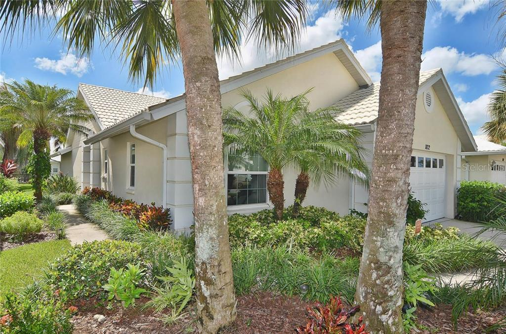 Front/Side Entry - Single Family Home for sale at 1812 Ashley Dr, Venice, FL 34292 - MLS Number is N5914047