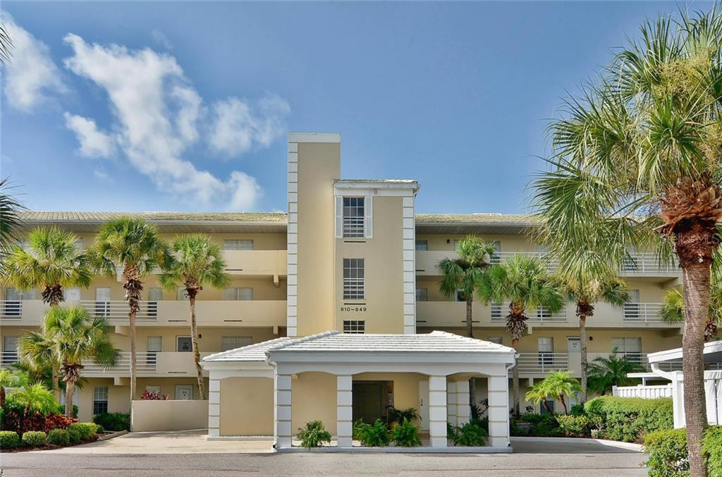 Front - Condo for sale at 811 Wexford Blvd #811, Venice, FL 34293 - MLS Number is N5914092