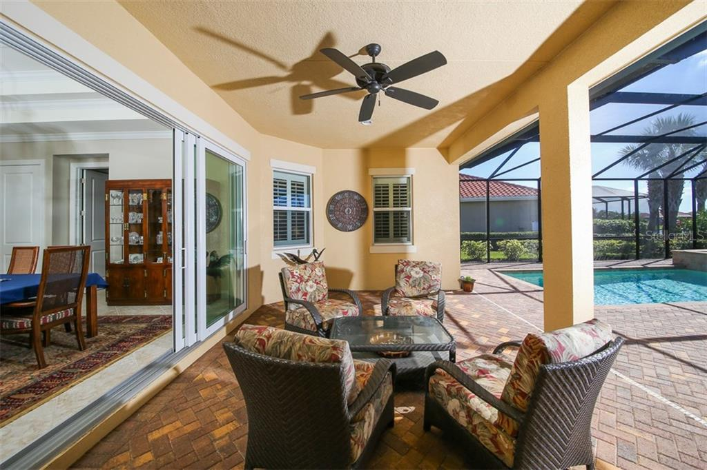 Pool Bath - Single Family Home for sale at 190 Portofino Dr, North Venice, FL 34275 - MLS Number is N5915077