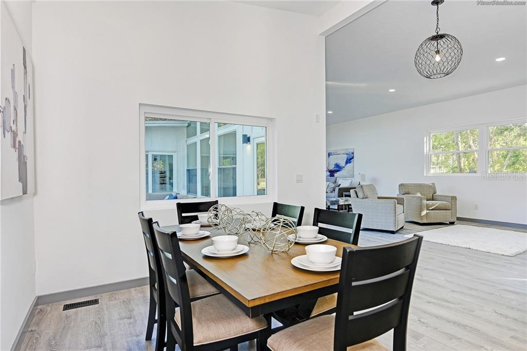 Single Family Home for sale at 4533 Banan Pl, Sarasota, FL 34242 - MLS Number is N5915472
