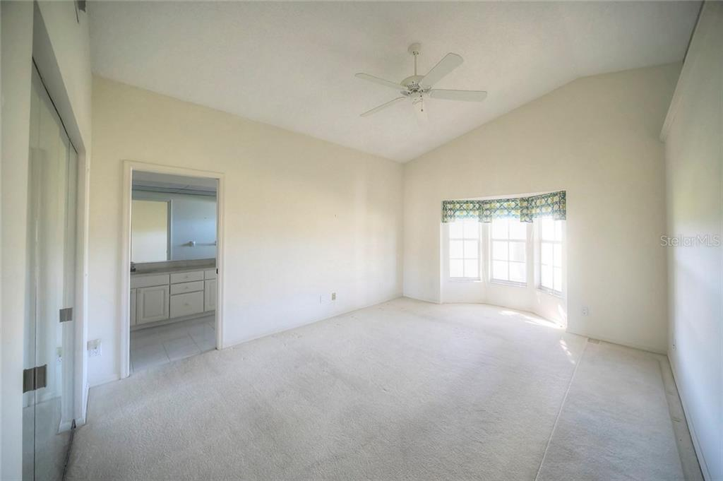 Villa for sale at 530 Clubside Cir #14, Venice, FL 34293 - MLS Number is N5916292