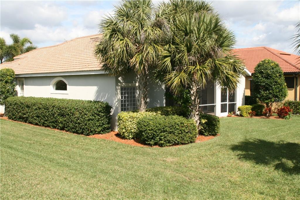 Rear exterior - Single Family Home for sale at 23900 Waverly Cir, Venice, FL 34293 - MLS Number is N5916470