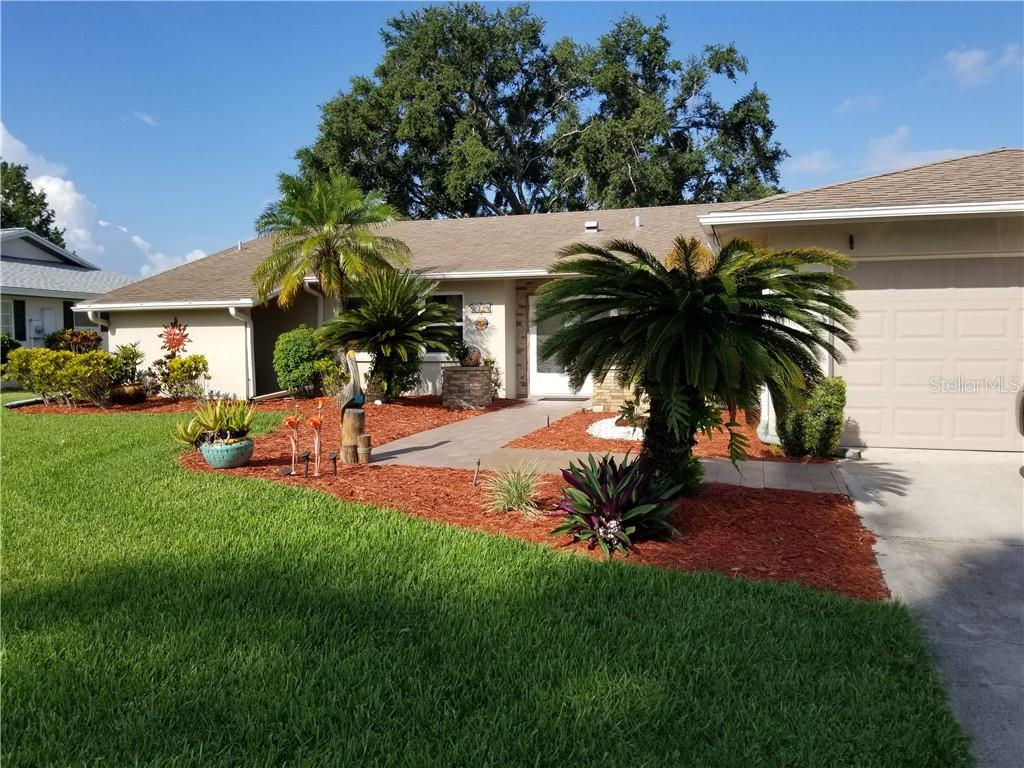 New Supplement - Single Family Home for sale at 3324 Meadow Run Cir, Venice, FL 34293 - MLS Number is N6100878