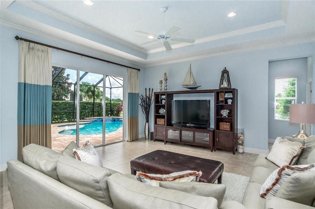 Family Room - Single Family Home for sale at 368 Marsh Creek Rd, Venice, FL 34292 - MLS Number is N6101204