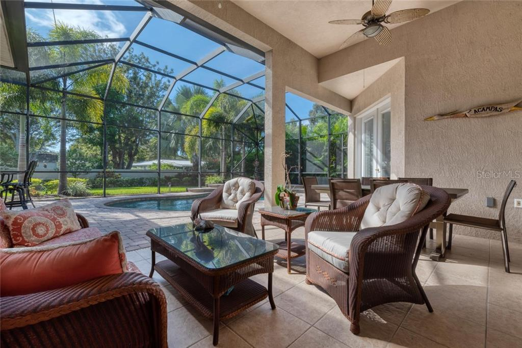 Lanai/pool - Single Family Home for sale at 633 Apalachicola Rd, Venice, FL 34285 - MLS Number is N6102111