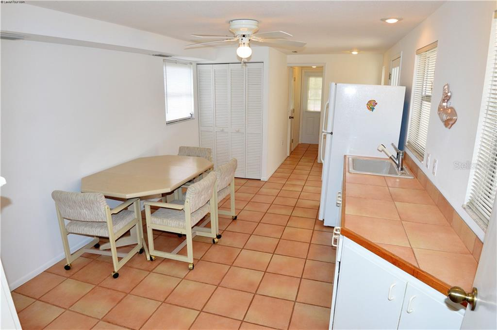 In-law suite dining area/kitchenette - Single Family Home for sale at 609 Armada Rd N, Venice, FL 34285 - MLS Number is N6102952