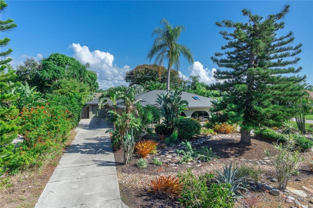 seller disclosure - Single Family Home for sale at 312 Park Blvd N, Venice, FL 34285 - MLS Number is N6103228