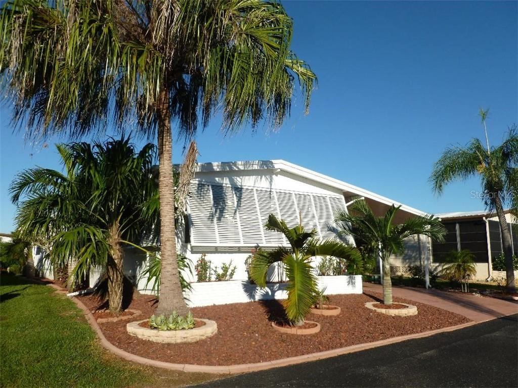 Manufactured Home for sale at 15 S Granada Plz #228, Englewood, FL 34223 - MLS Number is N6104247